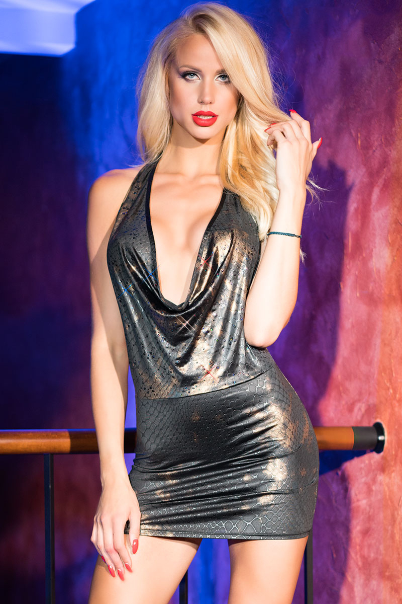 9000ee10130ebc Sexy mini waterval decollete jurk goud